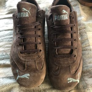 Puma tennis shoes suede great shape! 7
